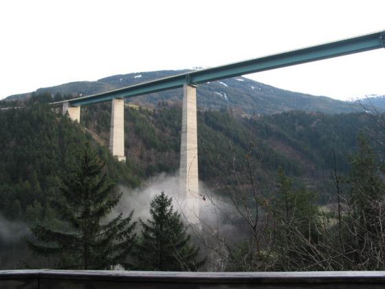 Jeminet il ponte europa for Ponte intorno alla casa